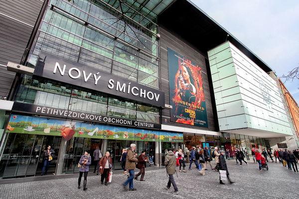 b9ce429b023 Prodejna Praha -Nový Smíchov. Adresa Plzeňská 8